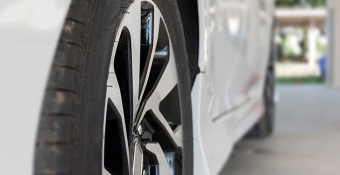 alloy-wheels-bg.jpg