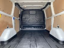 FORD TRANSIT CUSTOM 270 RS SPORT WITH LEATHER SEATS  - 1907 - 31