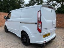 FORD TRANSIT CUSTOM 270 RS SPORT WITH LEATHER SEATS  - 1907 - 25